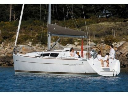 Rental Sailboat Jeanneau Sun Odyssey 33I Performance Punta Ala