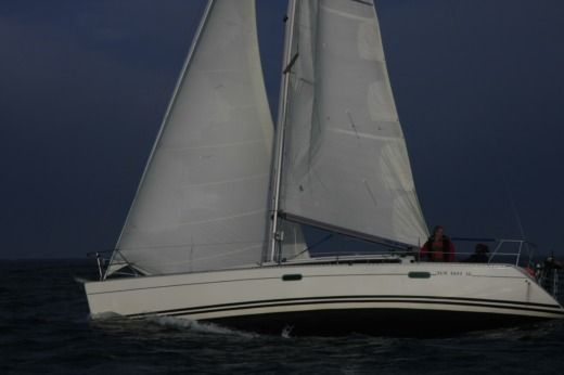 Sailboat Jeanneau Sun Fast 36 for hire