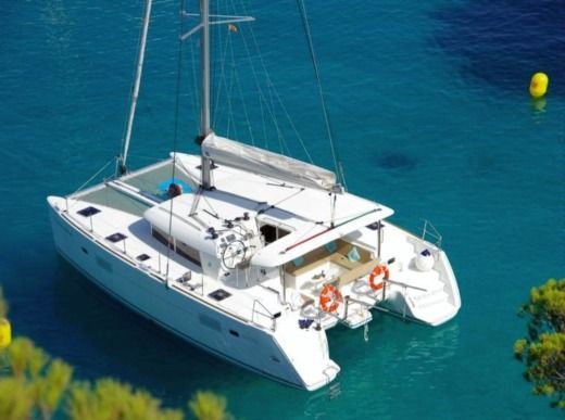 Catamaran Legoon 400 S2 peer-to-peer