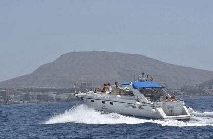 Charter Motorboat Fairline 42 Tenerife