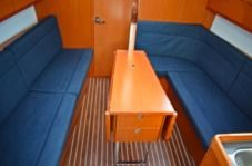 Sailboat Bavaria 33 Cruiser New 2017 for hire