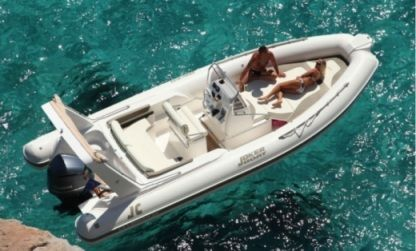 Location Semi-rigide Nuova Jolly Clubman 24 Stromboli