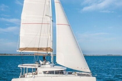 Charter Catamaran Bali Bali 4.1 with watermaker Noumea