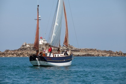 Rental Sailboat Langoustier traditionnel Saint Quay Saint-Quay-Portrieux