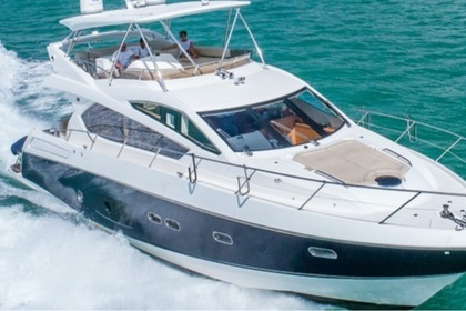 Miete Motorboot SUNSEEKER 65 Miami Beach
