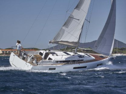 Miete Segelboot Sunsail 44 Cannigione