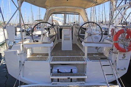 Rental Sailboat Beneteau Oceanis 35.1 L'Estartit