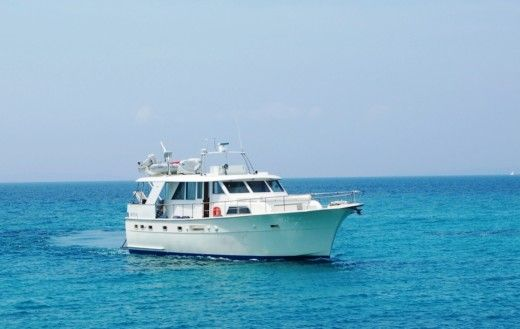 Motorboat Hatteras Motor-Yacht 53 Pieds for hire