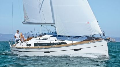 Charter Sailboat Bavaria Cruiser 37 Rhodes