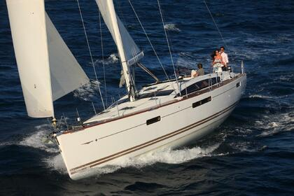 Hire Sailboat Jeanneau Jeanneau 53 Kos