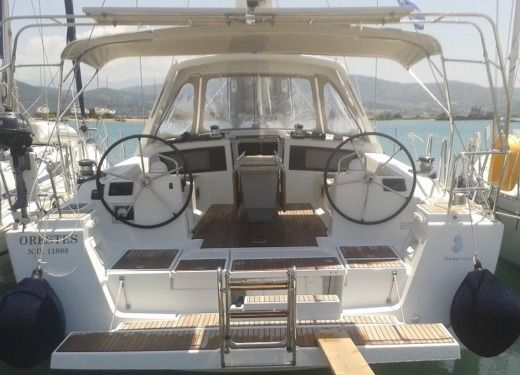 Beneteau Oceanis 48 in Lefkada for hire