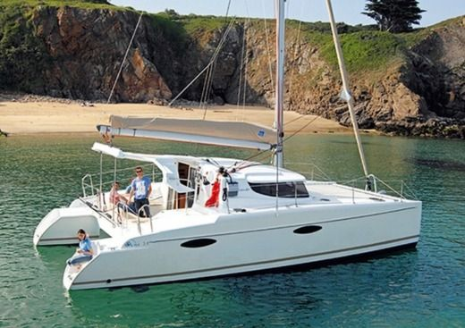 Catamarano Fountaine Pajot Mahe 36 tra privati