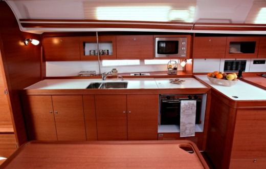 DUFOUR 375 Grand Large (3 Cabins, From 2011) in Horta zwischen Privatpersonen