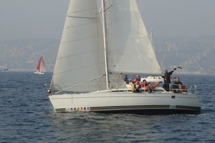 Hire Sailboat KIRIE - FEELING Feeling 1040 Marseille