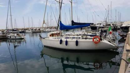 Rental Sailboat Elan 33 Lavagna