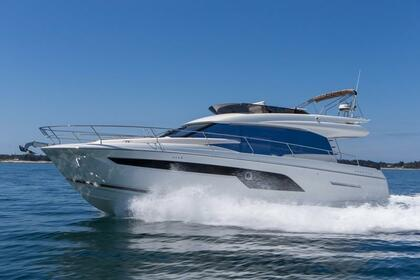 Hire Motor yacht Prestige 520 Flybridge West Palm Beach