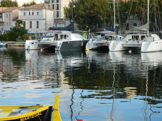 Lagoon 380 in Martigues for hire