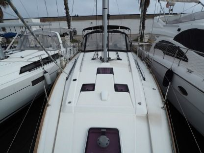 Location Voilier Beneteau Oceanis 41 Ayamonte