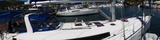 Sailboat BENETEAU OCEANIS 50.5 peer-to-peer