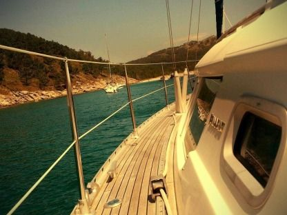Rental Sailboat Jeanneau Sun Odyssey 40 Ds Vigo