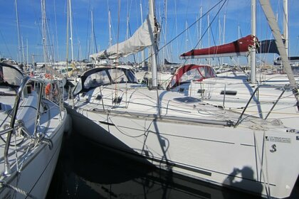 Rental Sailboat BENETEAU FIRST 31.7 Saint-Quay-Portrieux