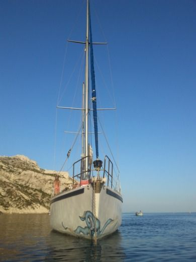 Sailboat PERRION YANN 41 for hire