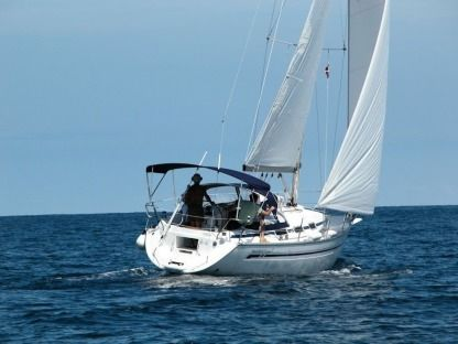 Charter Sailboat Bavaria 32 Skiathos