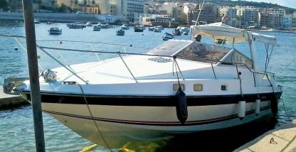 Charter Motorboat Sunseeker Offshore Sport Cruiser 31 Valletta