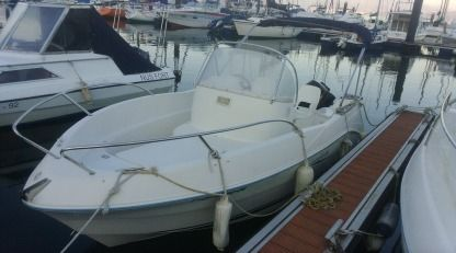 Charter Motorboat Quicksilver Flamingo 5,25 Vilaboa