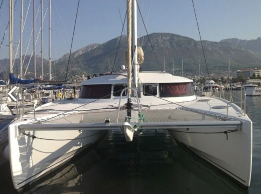 Fountaine Pajot Lipari 41 in Las Palmas de Gran Canaria for rental