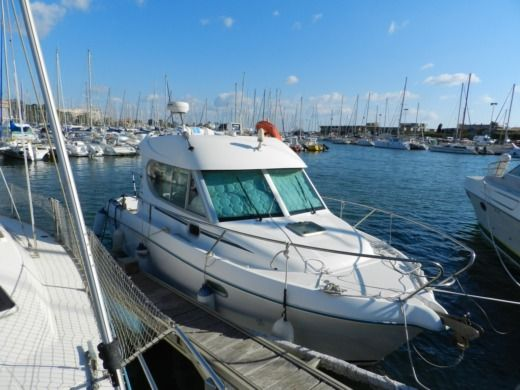 Jeanneau Merry-Fisher 805 in Saint-Cyprien peer-to-peer