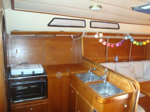 Sailboat Comar Comet 383 for hire