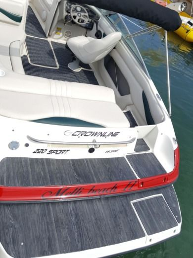 Motorboat CROWLINE 190 Sport for hire