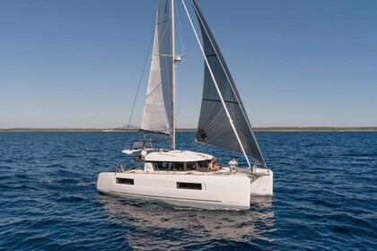 Rental Catamaran Lagoon Lagoon 40 Split
