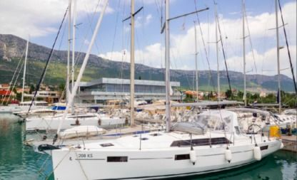 Charter Sailboat Beneteau 41.1 Split