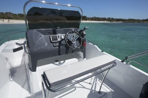 Motorboat Beneteau Flyer 5 Spacedeck peer-to-peer