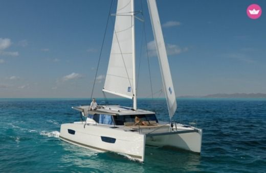 Charter Catamaran Fountaine Pajot Lucia 40 Cannes