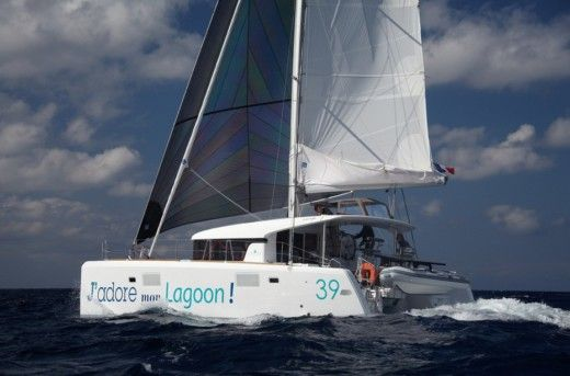 Catamaran Lagoon 39 for hire
