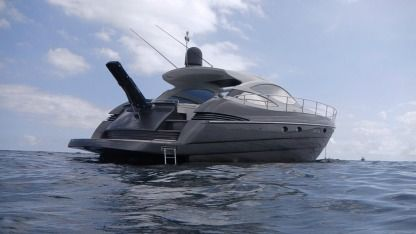Miete Motorboot Pershing 50 Marseille