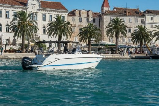 Quicksilver Activ 805 Open in Trogir for hire