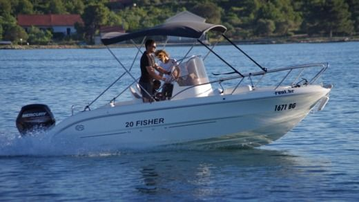 Fisher 20 Deck in Sveti Filip i Jakov for hire