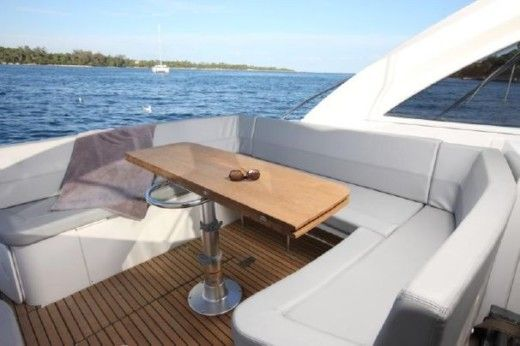 Motorboot BENETEAU FLYER GRAN TURISMO 38 - GRAND CONFORT