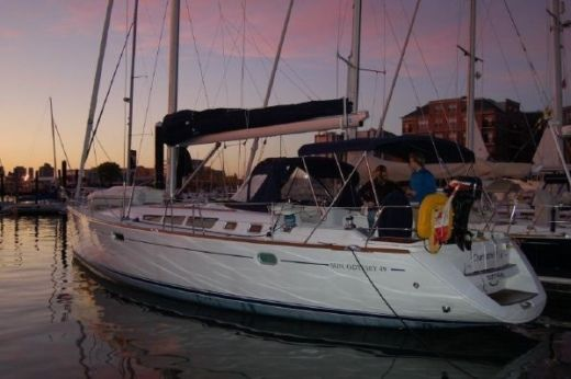 Sailboat JEANNEAU YW# 78833-2729549 peer-to-peer