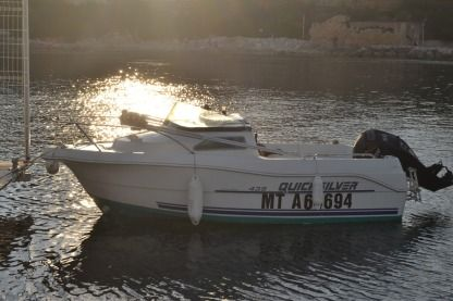 Charter Motorboat Ostroda Yacht Quicksilver Martigues