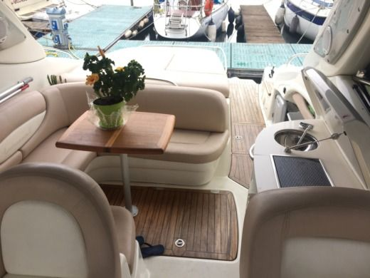 Cranchi Endurance 41 in Cannero Riviera for hire