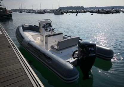 Rental RIB Lomac 600 In 2 600 In 2 Dinard