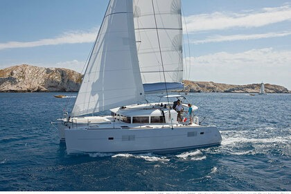 Charter Catamaran LAGOON 40 with watermaker & A/C - PLUS Tortola