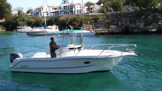 Sessa Marine Key Largo 23 in Minorque for hire