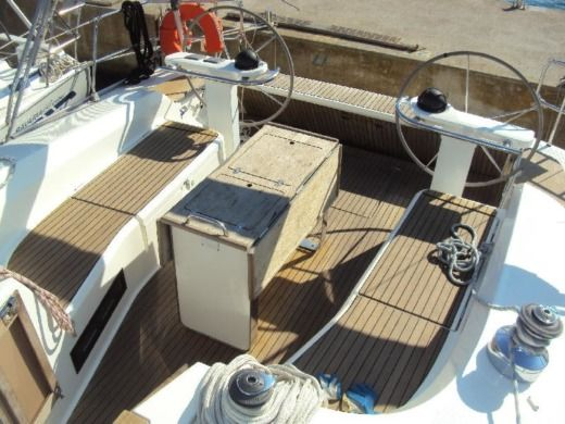 Sailboat Bavaria Cruiser 45