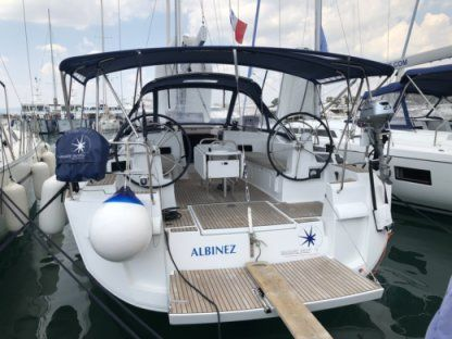 Rental Sailboat Jeanneau Sun Odyssey 479 Elliniko